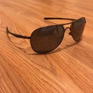 Oakley Polarized Plaintiff Aviator Sunglasses